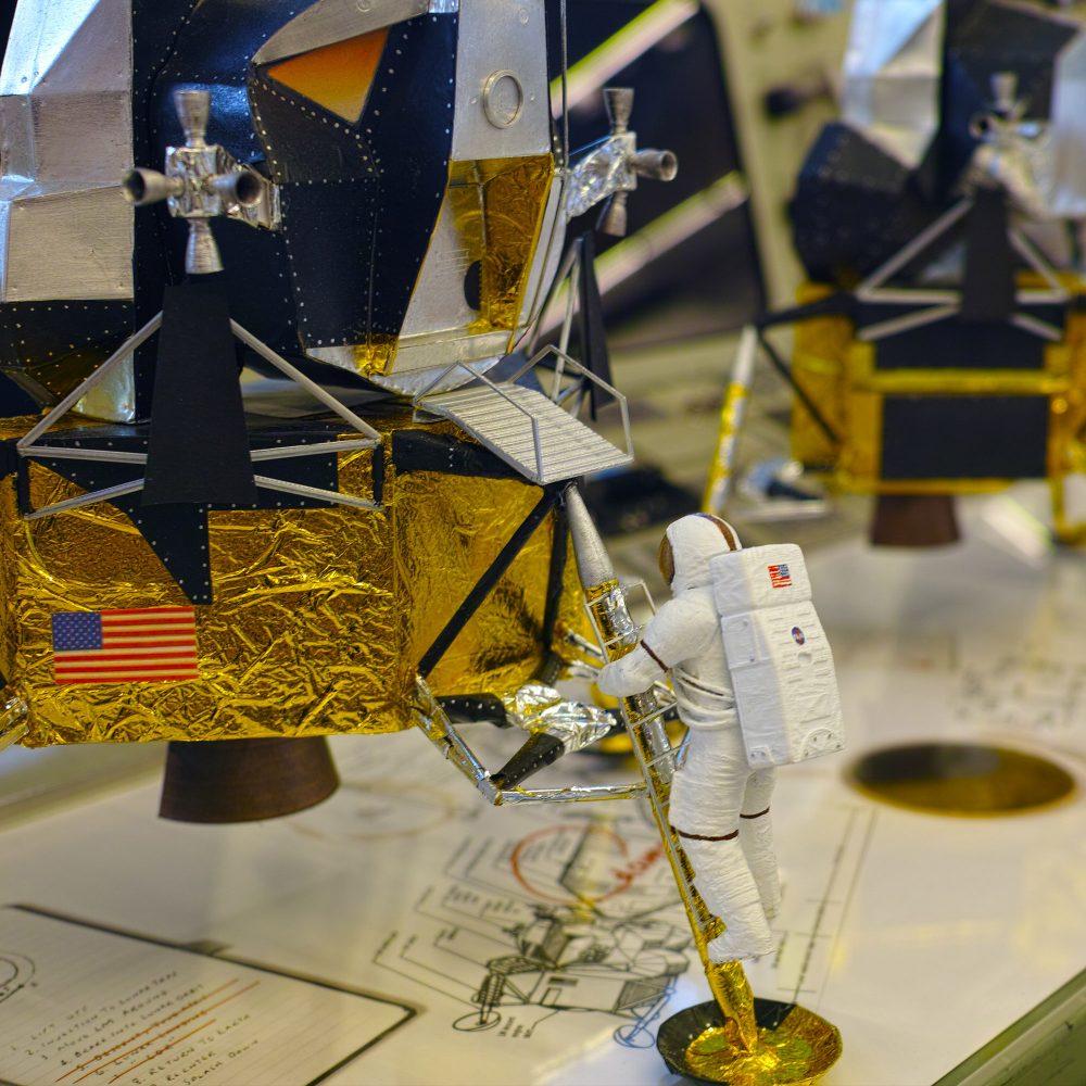 Lunar Lander mit Astronaut